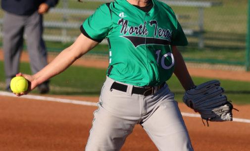 11 unanswered runs help softball split on day two of invitational