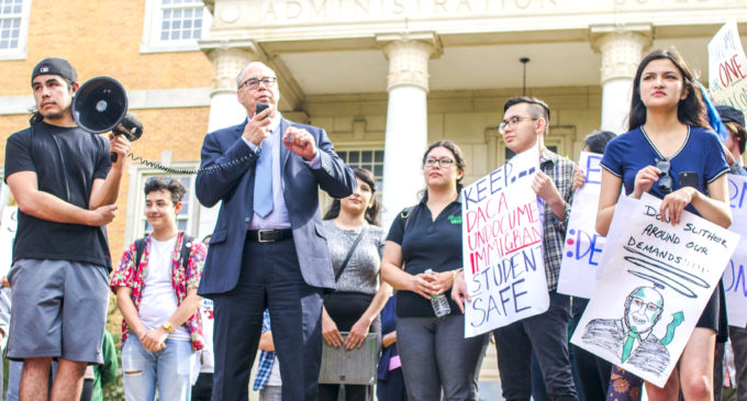 Sanctuary UNT students satisfied with conversation with Smatresk