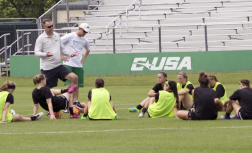 Despite losing core seniors, Mean Green soccer poised to contend again in 2017