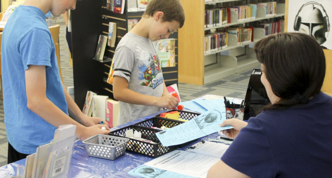 Denton Public Library challenges community to read one million minutes this summer