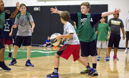 North Texas men's basketball program connects with community through summer training camps