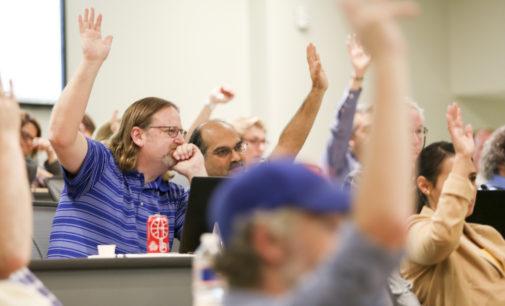 UNT Faculty Senate meeting postpones talk about speaker series, gives parking updates