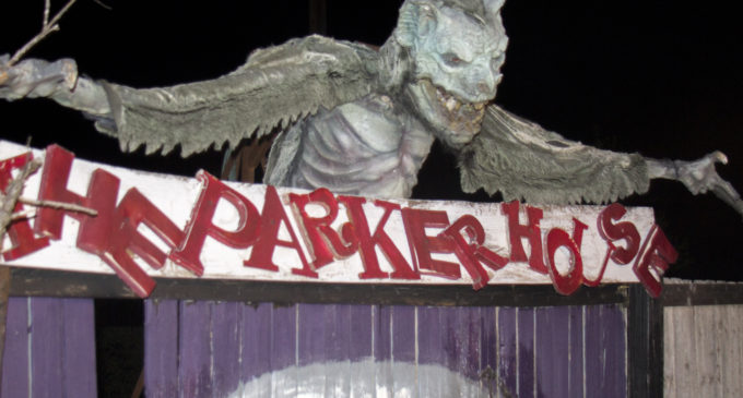 Parker House lures in thrill-seeking visitors for haunting Halloween fun