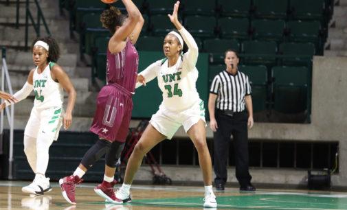 Buckner's dominant night leads women's basketball past Dustdevils