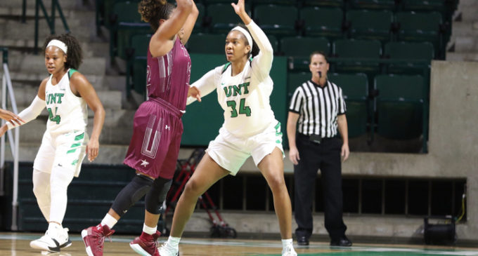 Buckner's dominant night leads women's basketball past Dustdevils