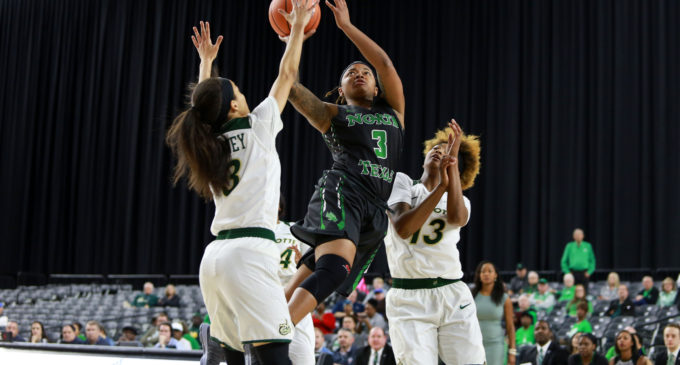 Women's basketball holds off Charlotte in first round of C-USA tournament