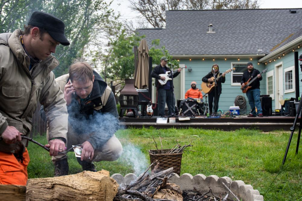 Dentonites battle the cold at Denton Folk Festival