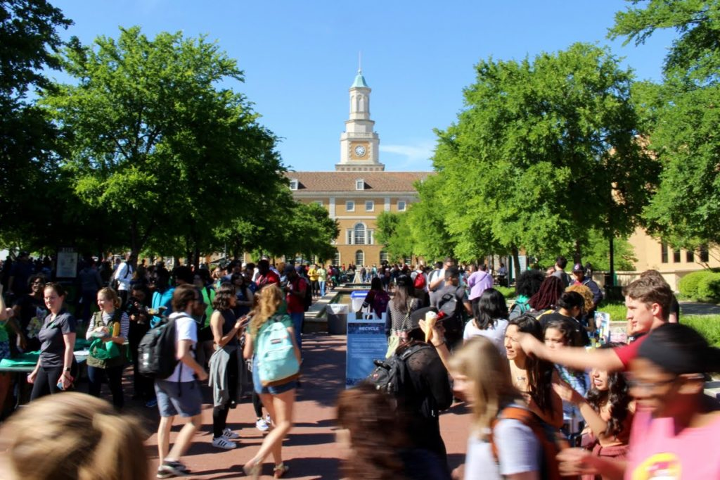 Student group protests, petitions EarthFest in push for all-vegan menu