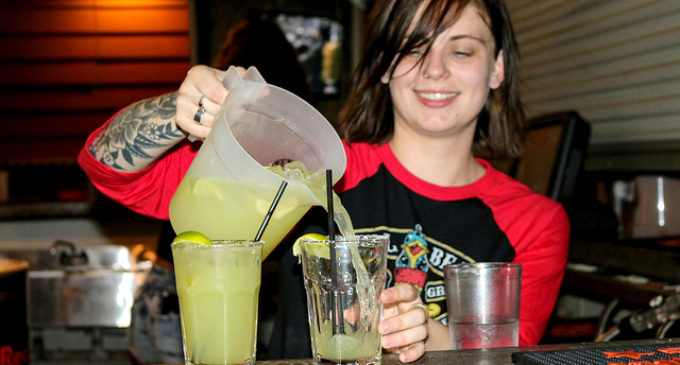 Women share experiences working as female bartenders