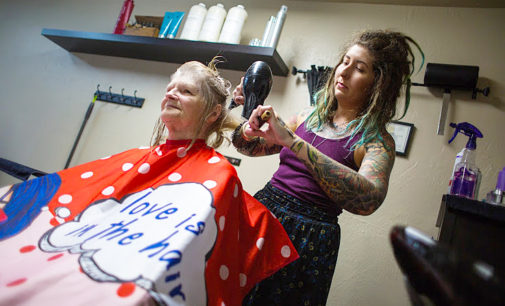 Hairstylist gives people confidence from root to tip