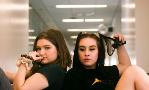 North Texas teens have a grip on hair, entrepreneurship with their new scrunchie shop