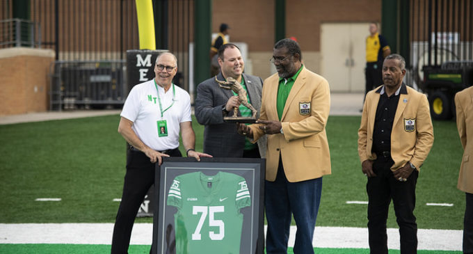 Mean Joe Greene statue unveiled outside Apogee
