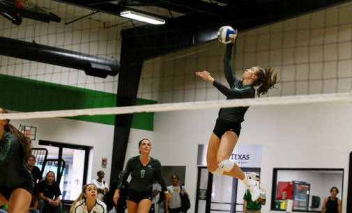 Teakell leads volleyball comeback win versus 49ers