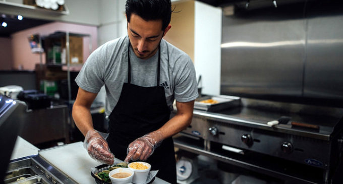 UNT entrepreneurship student balances taco shop and school