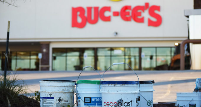 New Buc-ee's opens in Denton along Interstate-35