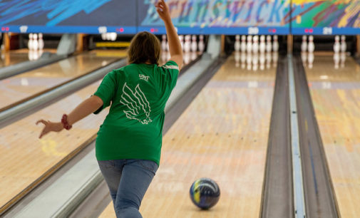 North Texas club bowling team rebuilding, looking for progress