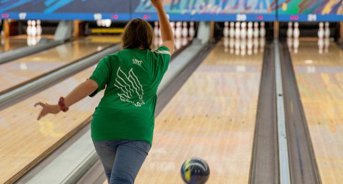 North Texas club bowling team rebuilding, looking for progress