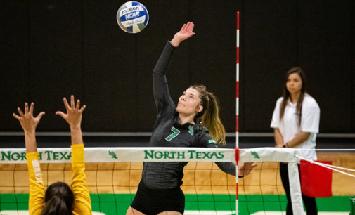 Mean Green volleyball finish season on hot streak, prepare for NIVC tournament
