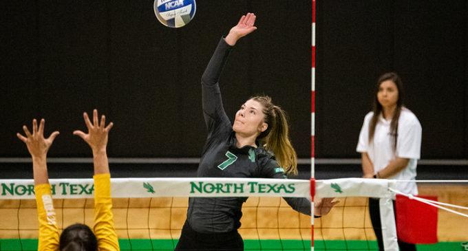 Mean Green volleyball finish season on hot streak, prepare for NIVC tournament