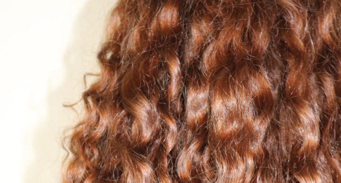 How to wear those perfect curls imperfectly