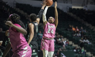 Women's basketball secures blowout win over Florida International
