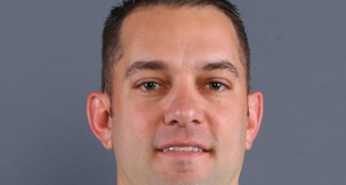 Linebackers coach accepts position at Ole Miss