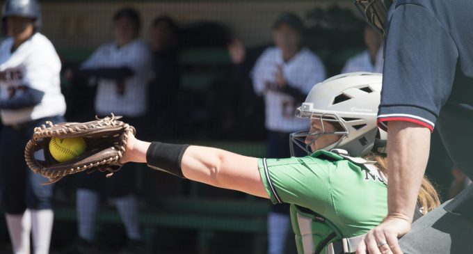 Softball falls to No. 12 Oklahoma State in Stillwater
