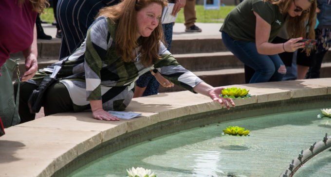 Flight Memorial ceremony recognizes alumni, faculty and students that died in the last year
