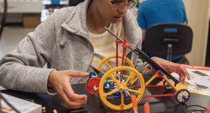UNT Mechanical and Energy Department host future engineers camp