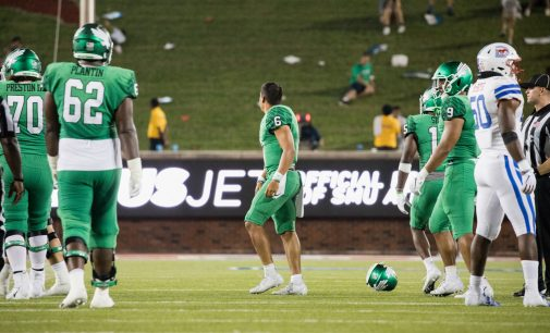 North Texas' comeback bid comes up short in California