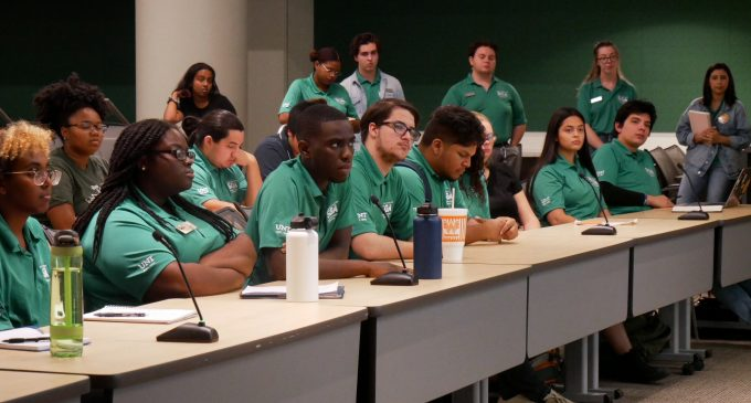 Shrinking SGA Senate struggles with passing legislation after fifth meeting on Wednesday