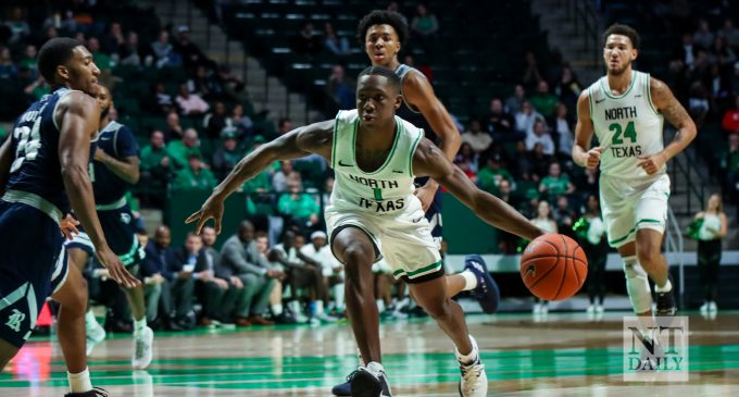 Recap: Men's basketball continues historic start to conference play, wins sixth straight