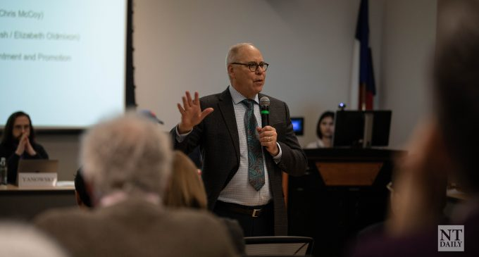 Smatresk addresses university's relationship with China at Faculty Senate meeting
