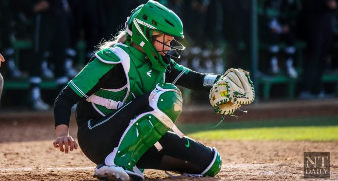 Recap: Softball splits Sunday's games, ends weekend 2-2 in Conroe