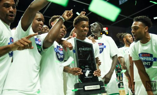 Men's basketball crowned Conference USA champions, wins regular season title for first time since 1989