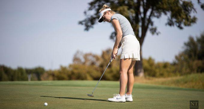 Women's golfer breaks program record as team breaks par