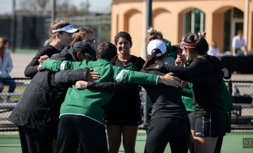 Tennis team finishes fall, gives head coach glimpses of a strong spring season