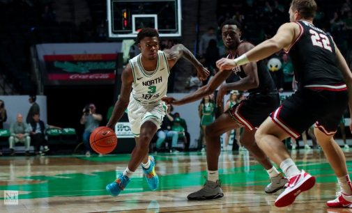 Men's basketball falls to No. 11 West Virginia after only making six shots in second half