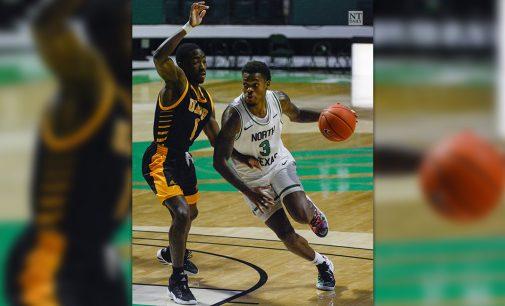 Recap: Balanced scoring effort helps men's basketball halt losing streak