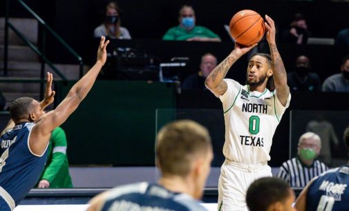 RECAP: Men's basketball sweeps Rice out of the gym