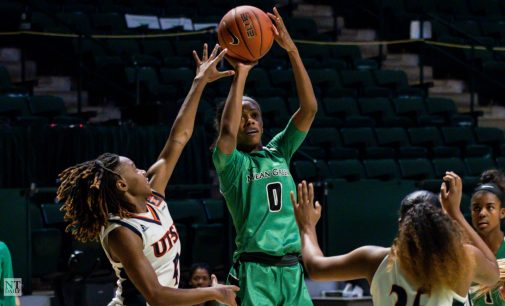 Women's basketball moves to 5-0 in C-USA on N'Yah Boyd and Quincy Noble's offensive output