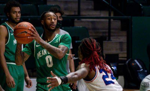 Recap: Men's basketball sees late rally fall short, splits with Thundering Herd