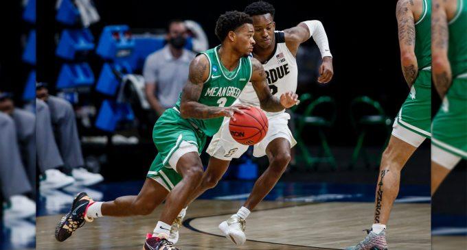 Recap: Men's basketball upsets No. 4-seeded Purdue, captures first NCAA tournament win ever