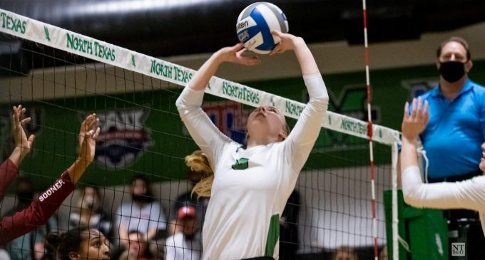 Recap: Mean Green get 3-0 win over Lady Techsters on senior day