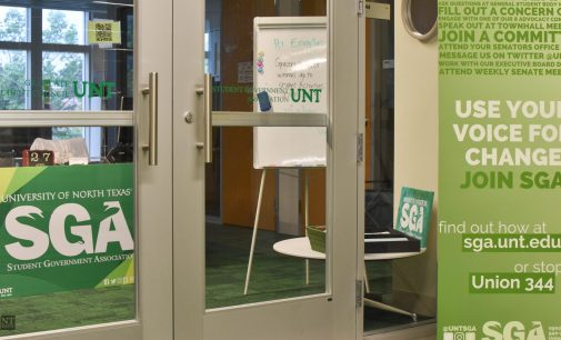 SGA passes resolutions on library hours, transportation costs, pronoun inclusivity