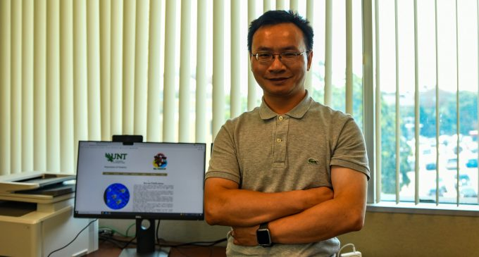Professor collaborates with the Department of Energy on a carbon-negative manufacturing project