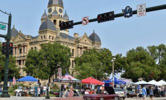Arts & Autos Extravaganza brings Denton community together through wacky, wild cars