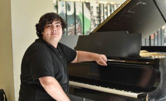 Jazz studies sophomore pursues passion for music with new single