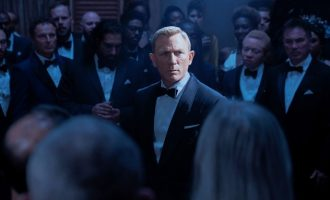 'No Time to Die': a solid, chaotic goodbye to Daniel Craig's James Bond